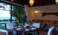 Villa Maya Round Dining Table   Sanur, Bali