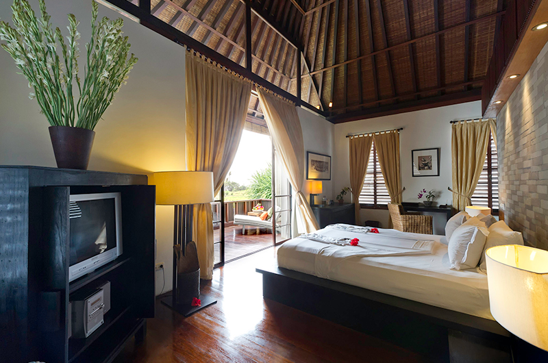 Villa Nataraja Bedroom with Balcony | Sanur, Bali