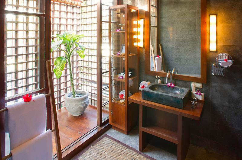 Villa Nataraja Semi Open Bathroom | Sanur, Bali