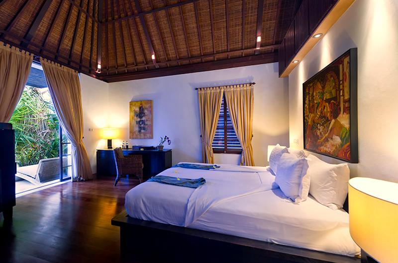 Villa Raj Bedroom with Study Table | Sanur, Bali