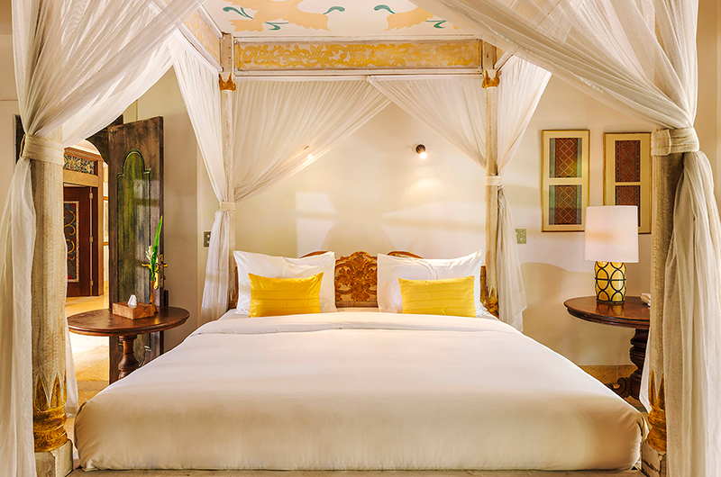Villa Waru Bedroom with Lamps | Nusa Dua, Bali
