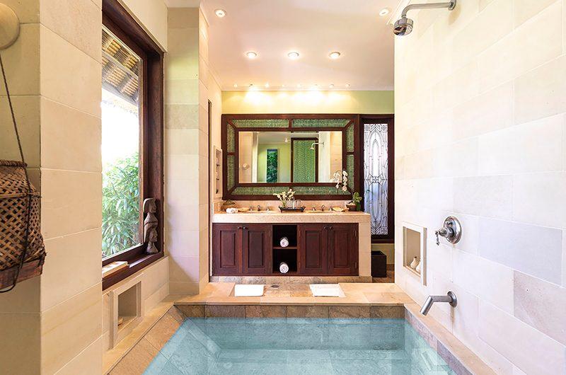 Villa Waru Ensuite Bathroom | Nusa Dua, Bali