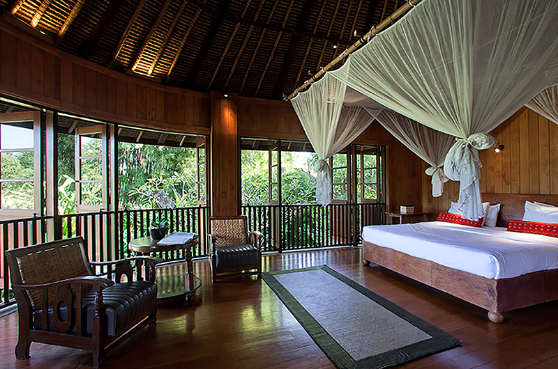 Villa Waru Bedroom with Seating | Nusa Dua, Bali