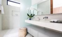 Villa Anar Bathroom | Bang Por, Koh Samui