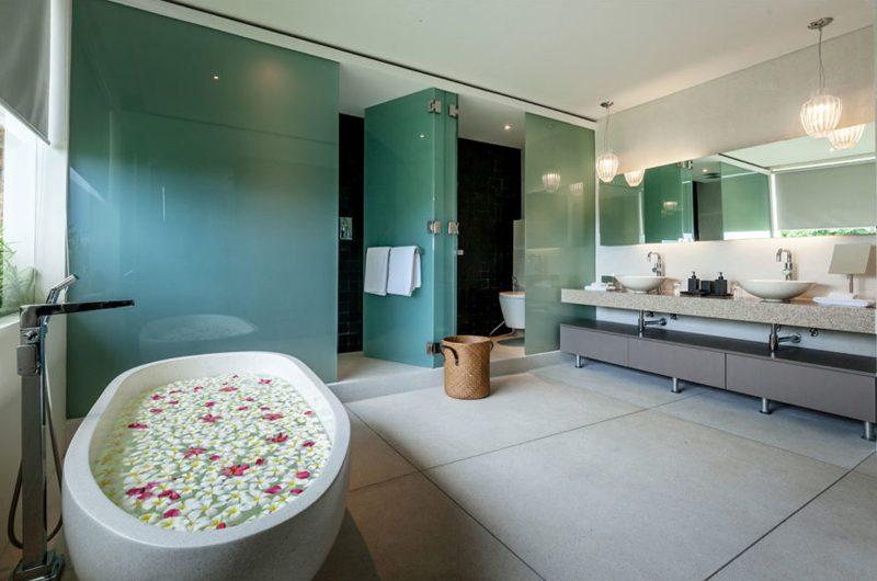 Villa Anavaya En-suite Bathroom | Choeng Mon, Koh Samui