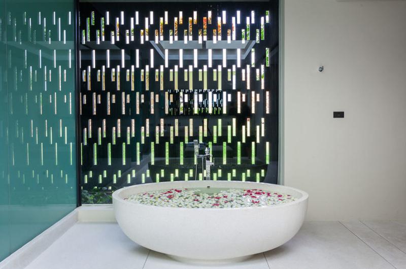 Villa Anavaya Bathtub | Choeng Mon, Koh Samui