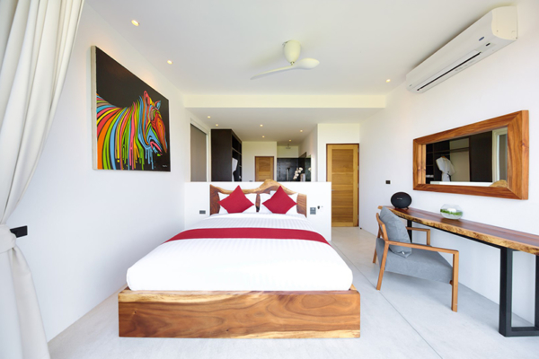 Villa Kamelia Bedroom Area with Study Table | Bophut, Koh Samui