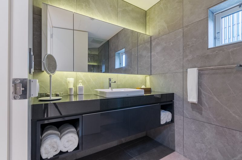 Boheme En-suite Bathroom | Hirafu, Niseko