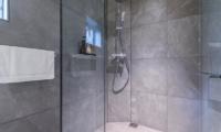 Boheme Bathroom | Hirafu, Niseko