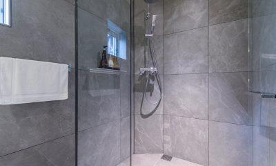 Boheme Bathroom   Hirafu, Niseko