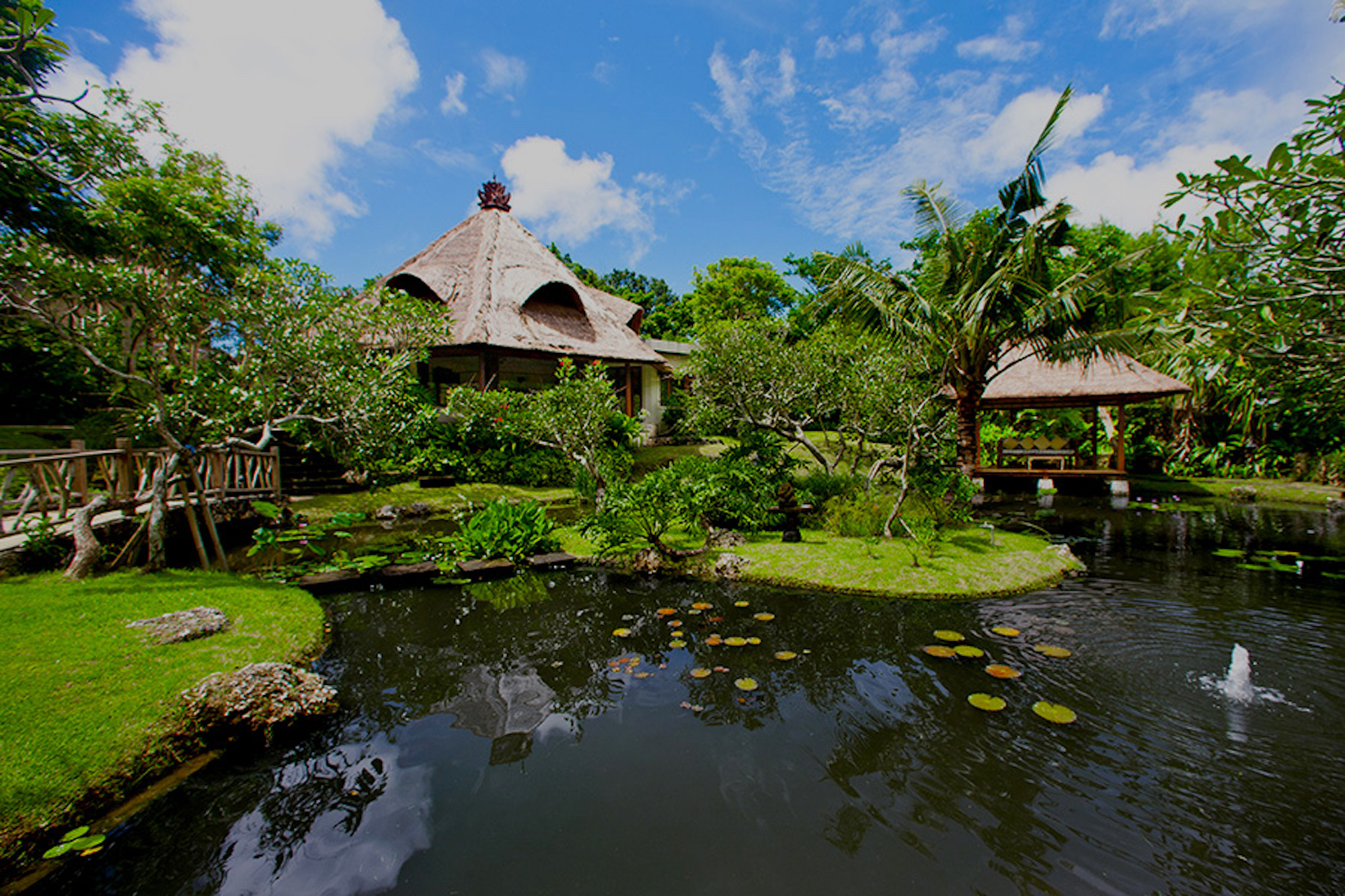 8 Bali Villas with a Beautiful Yoga Space