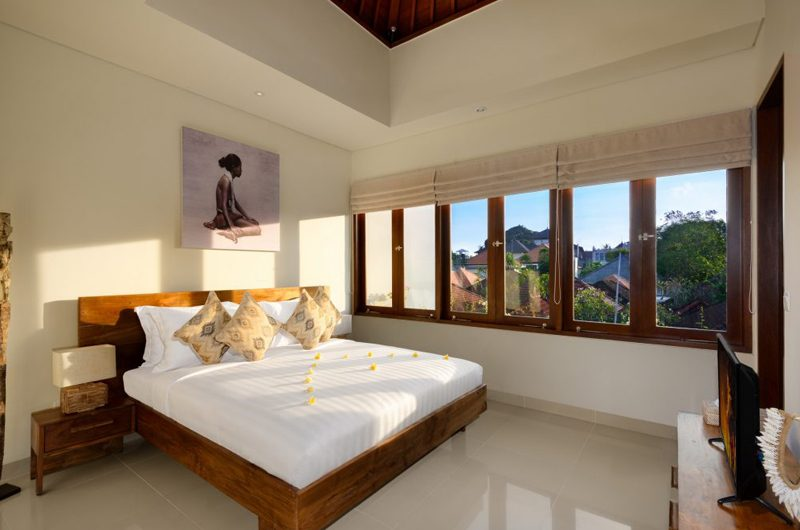 Villa Amelia King Size Bed with View | Legian, Bali