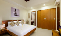 Villa Amelia Bedroom and En-suite Bathroom | Legian, Bali