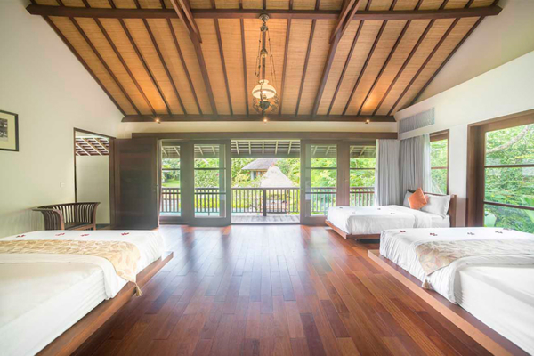 Villa Amita Spacious Bedroom with Balcony | Canggu, Bali