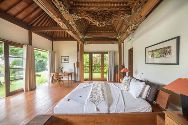 Villa Amita Balinese Style Bedroom | Canggu, Bali