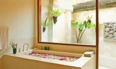 Villa Cemara Sanur Bathtub | Sanur, Bali