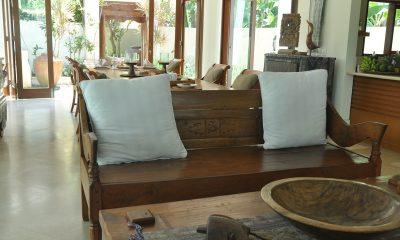 Villa Perle Living and Dining Area | Candidasa, Bali