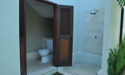 Villa Perle Bathroom | Candidasa, Bali