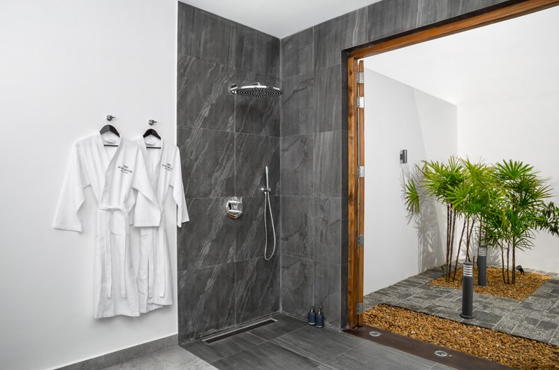 The Boat House En-suite Bathroom | Dickwella, Sri Lanka
