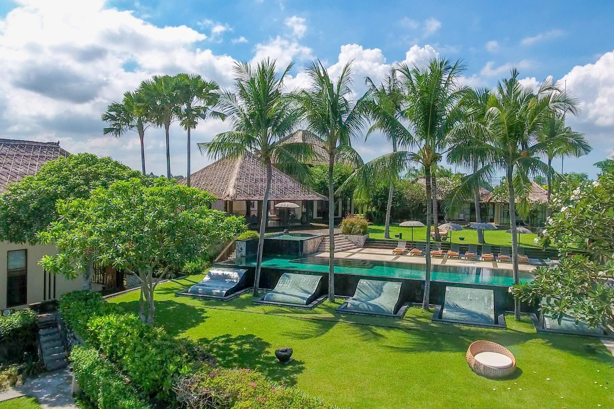 8 Fully Staffed Luxury Villas in Canggu