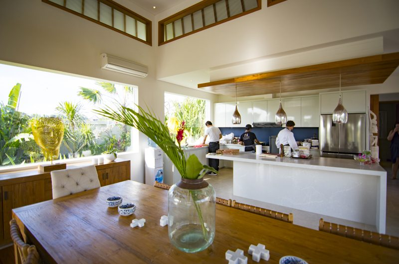 Villa Breeze Kitchen and Dining Area | Canggu, Bali