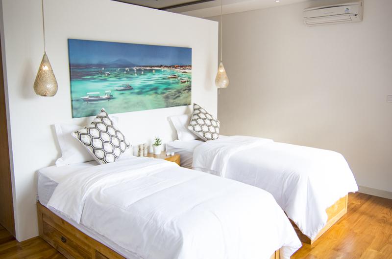 Villa Breeze Bedroom with Twin Bed | Canggu, Bali