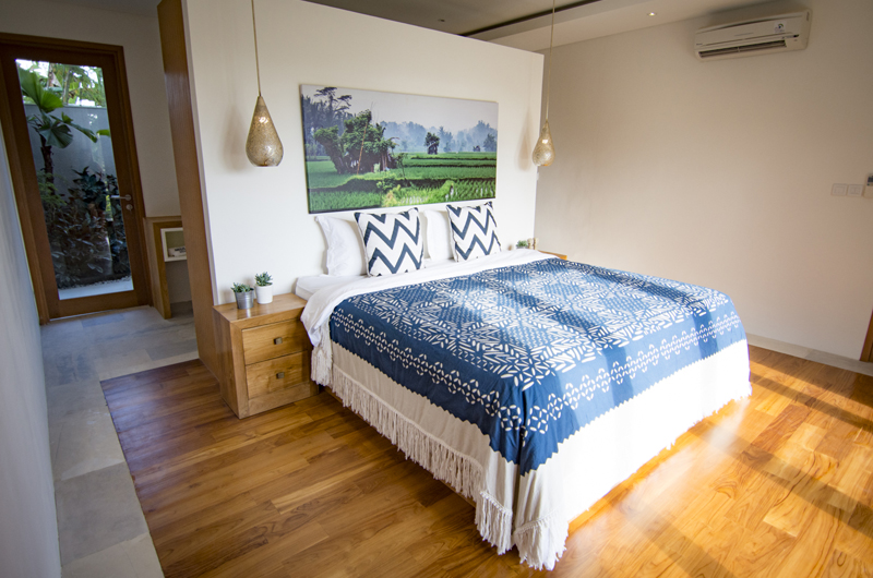 Villa Breeze King Size Bed | Canggu, Bali