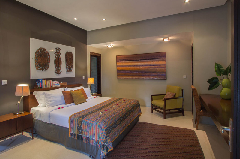 Chimera Green Bedroom with Study Table | Seminyak, Bali