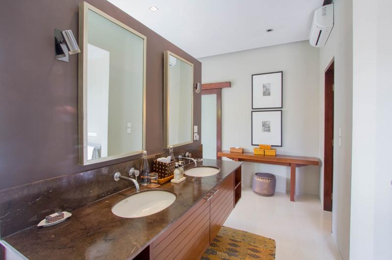 Chimera Orange His and Hers Bathroom | Seminyak, Bali