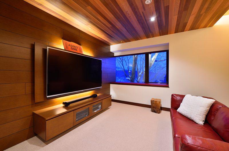 Panorama TV Room | Lower Hirafu Village, Niseko