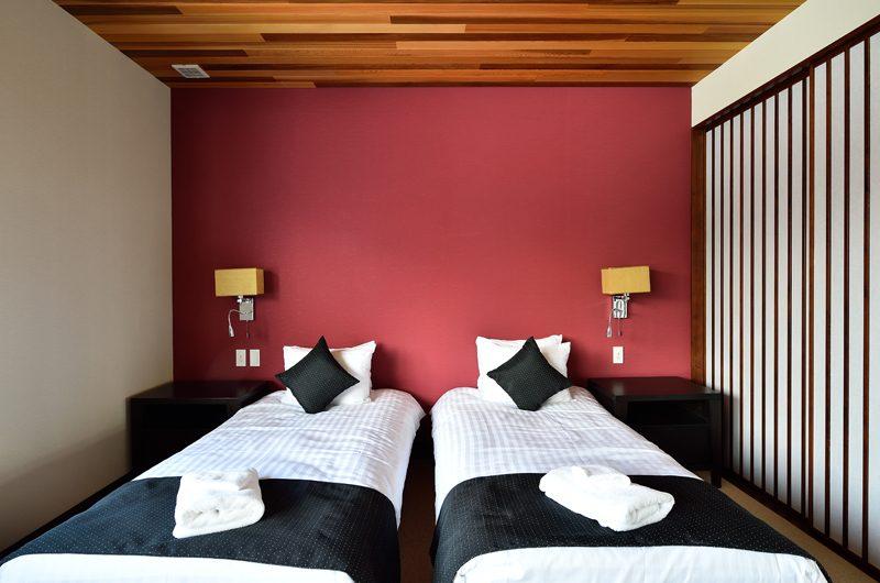 Panorama Twin Beds | Lower Hirafu Village, Niseko