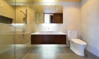 Panorama Bathroom | Lower Hirafu Village, Niseko