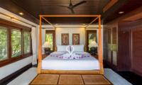 Baan Hen Phuket King Size Bed | Kata, Phuket