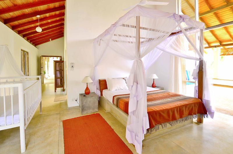 Blue Heights Four Poster Bed with Baby Cot   Dickwella, Sri Lanka