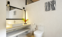 Salina En-suite Bathroom | Mirissa, Sri Lanka