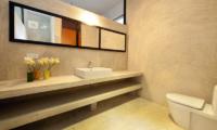 Salina Bathroom One | Mirissa, Sri Lanka