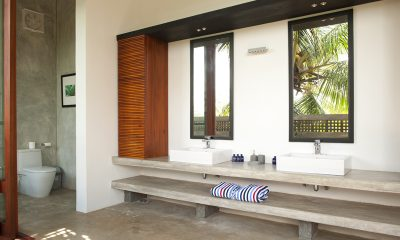 Salina Bathroom | Mirissa, Sri Lanka