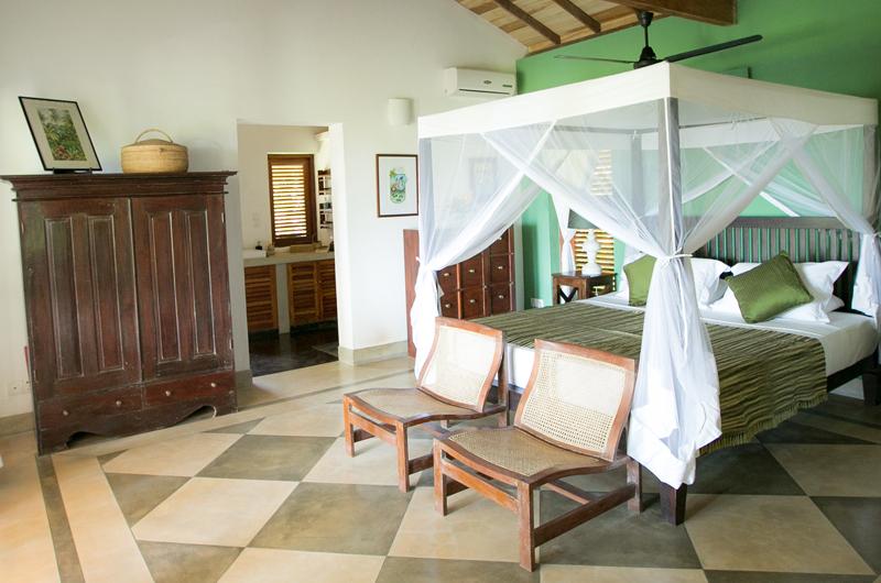 Wetakeiya House Bedroom and En-suite Bathroom | Dickwella, Sri Lanka