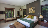 Chimera Green Spacious Bedroom | Seminyak, Bali