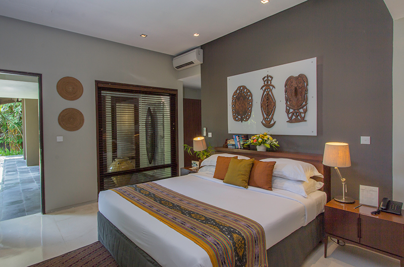 Chimera Green Bedroom One with Lamps | Seminyak, Bali