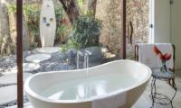 Lataliana Villa One Bathtub | Seminyak, Bali