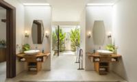 Lataliana Villa One En-suite Bathroom | Seminyak, Bali