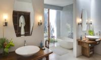 Lataliana Villa One Bathroom with Bathtub | Seminyak, Bali