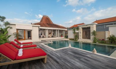 Villa Manggala Reclining Sun Loungers | Canggu, Bali