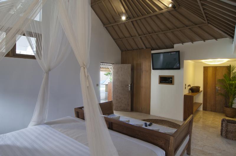Villa Rabu Bedroom with Sofa | Seminyak, Bali