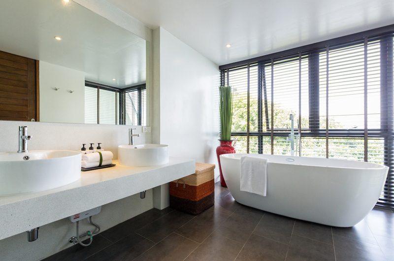 Villa Shadow Bathtub | Chaweng, Koh Samui