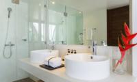 Villa Shadow En-suite Bathroom | Chaweng, Koh Samui