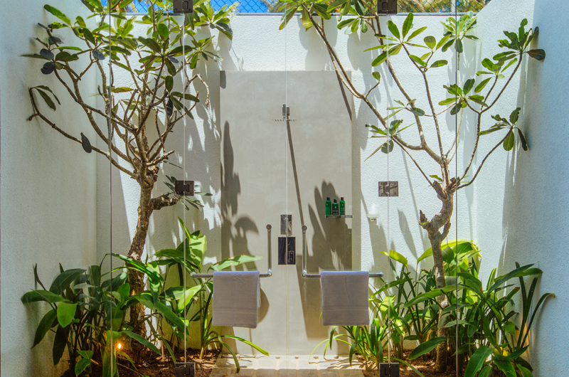 Ishq Villa Outdoor Bathroom | Talpe, Sri Lanka