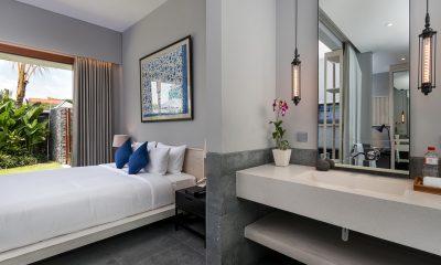 Amarin Seminyak Bedroom and En-suite Bathroom | Seminyak, Bali