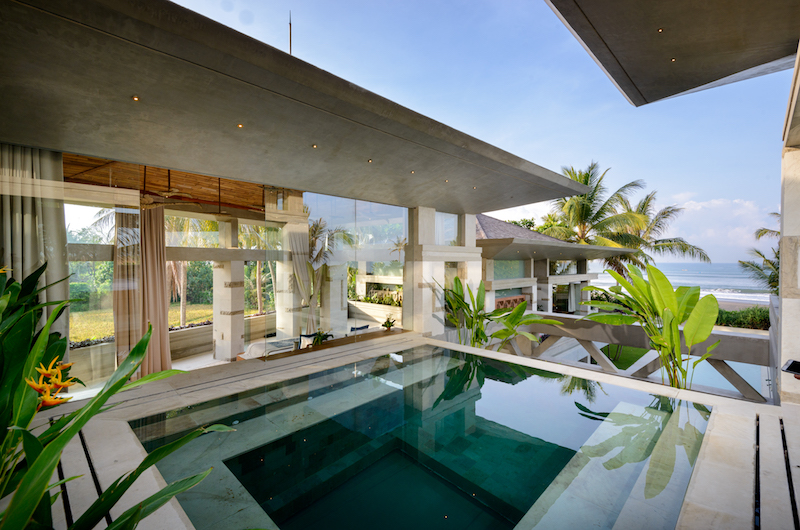 Bali Tabanan Villa Vedas Glass Bottom Pool